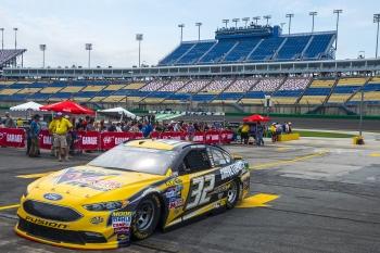NASCAR: Jul 08 Quaker State 400